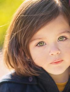 Conseils photographe enfant premier shooting photo de votre enfant: quelles astuces pour le réussir?